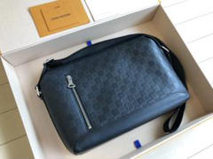 """Thumbnail of """"Louis Vuitton Discovery PM アンフィニ メッセンジャー"""""""