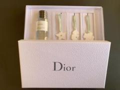 """Thumbnail of """"Dior 香水"""""""
