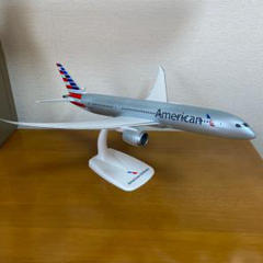 """Thumbnail of """"アメリカン航空 ボーイング787 1/200スケール 飛行機 模型 プラモデル"""""""