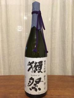 "Thumbnail of ""獺祭 磨き二割三分 純米大吟醸 1800ml"""