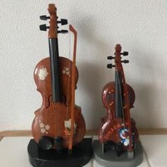 """Thumbnail of """"キティちゃん、ドラえもんのバイオリン 2個セット"""""""