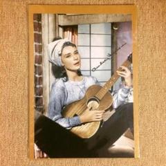 "Thumbnail of ""布 ポスター「オードリー・ヘプバーン ギター」 オードリー・ヘップバーン"""