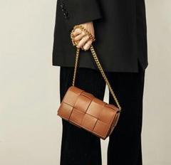 """Thumbnail of """"女性用のハンドバッグの本革ショルダーバッグが大人気ですd"""""""
