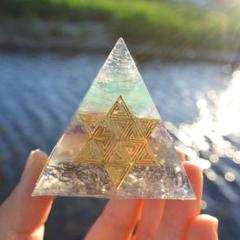 "Thumbnail of ""✨黄金比ピラミッド型オルゴナイト✨フラワーオブライフ"""