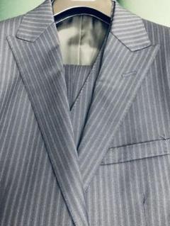 "Thumbnail of ""バーバリー ブラック スーツ紺 38L 2つボタン スリーピース 背抜き"""