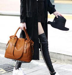 """Thumbnail of """"女性用のハンドバッグの本革ショルダーバッグが大人気ですh"""""""