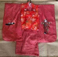 "Thumbnail of ""七五三 三歳女の子 古典的な着物と被布、草履とバックセット"""