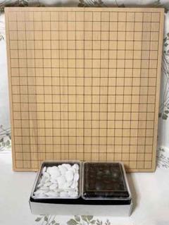 "Thumbnail of ""囲碁 碁石 折りたたみ碁盤 セット"""