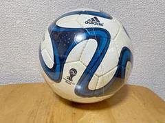 """Thumbnail of """"adidasのサッカーボール"""""""