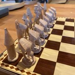 "Thumbnail of ""アフリカのチェス 木像彫刻"""