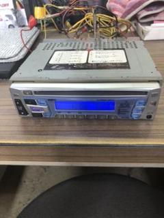 """Thumbnail of """"CDデッキ AUX付き SANYOカーオーディオ CDF-R880"""""""
