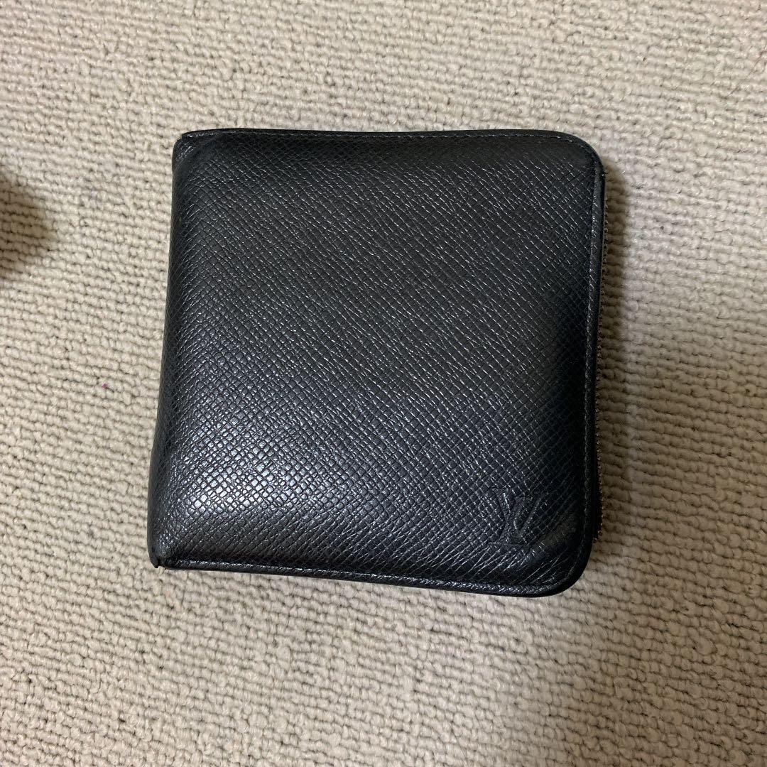 online retailer 1c35b 81b2e ルイヴィトン 二つ折り財布(¥5,000) - メルカリ スマホでかんたん フリマアプリ