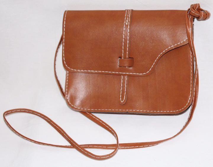 メルカリ 新シリーズ品 女性 旅行 レディース バッグ 斜めがけ 鞄