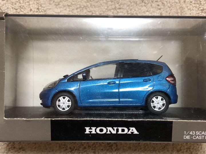 1 Honda Fit 43 1.3 l ciel de toit
