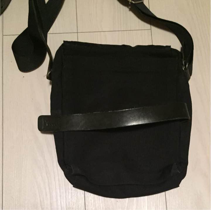 b58d33983607 メルカリ - Ysaccs ショルダーバッグ BLACK 【サクスニーイザック ...
