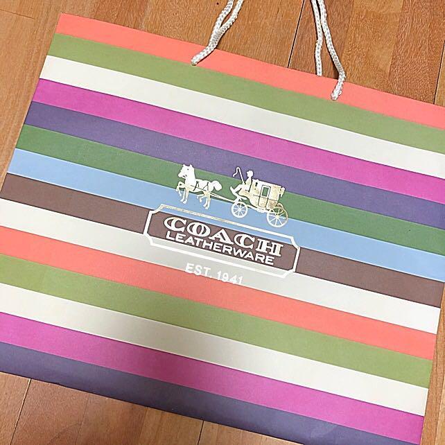 f8f917a1b1a3 メルカリ - coach コーチ 紙袋 ショップ袋 ブランド袋 大 カラフル ...