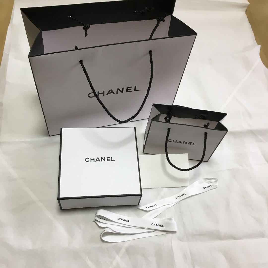 best loved e14c3 b3a09 CHANEL シャネル ショップ袋 ギフトボックス(¥1,000) - メルカリ スマホでかんたん フリマアプリ