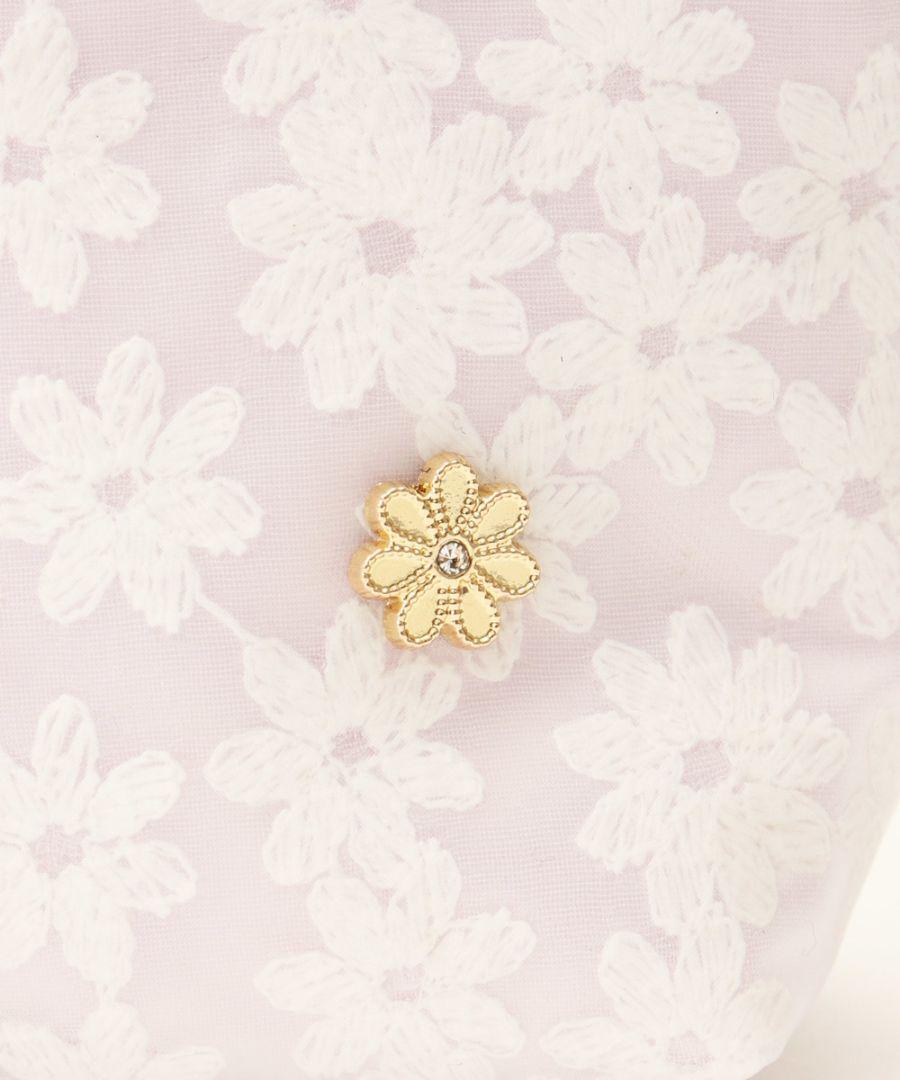 メルカリ アフタヌーンティー 花柄ポーチ ポーチ バニティ 1 500 中古や未使用のフリマ
