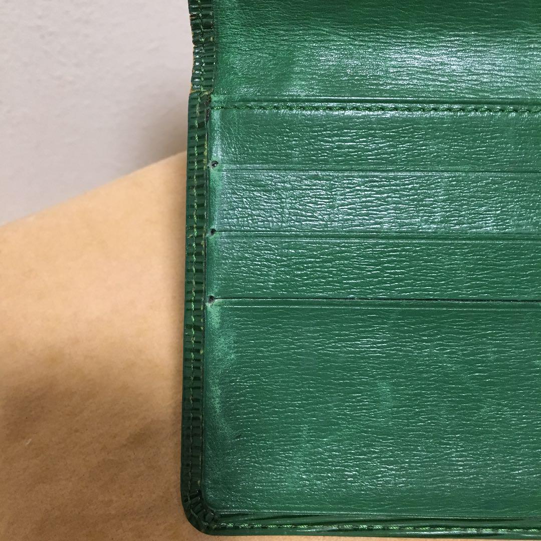 sale retailer 124e0 b3bfc LOUIS VUITTON ルイヴィトン エピ 長財布 緑(¥3,300) - メルカリ スマホでかんたん フリマアプリ