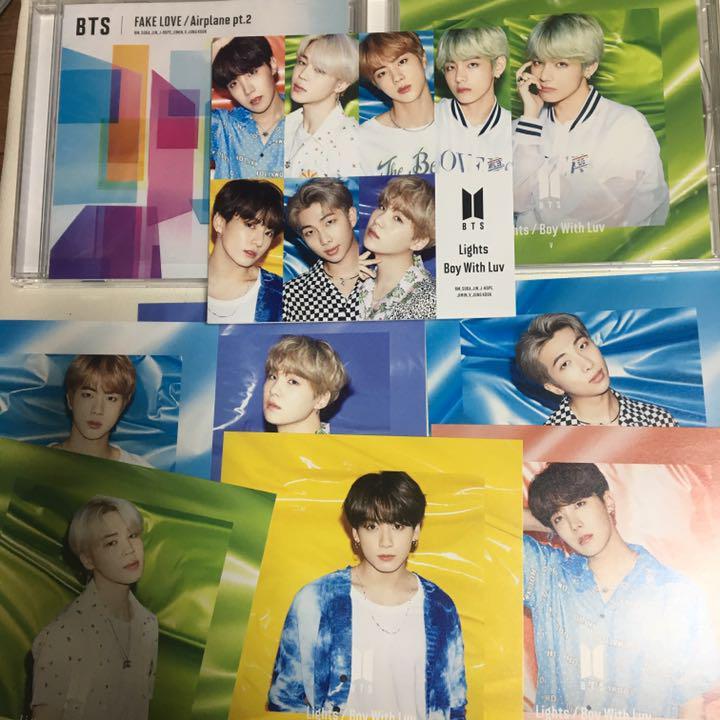 メルカリ Bts Fakelove Lights 日本語版cd 2枚セット K Pop アジア