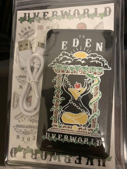 uverworld モバイルバッテリー(¥ 3,800) - メルカリ スマホでかんたん フリマアプリ