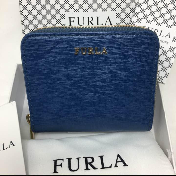 907cf18dfba9 メルカリ - 未使用☺︎FURLA フルラ 二つ折り財布 コバルト ブルー ミニ ...