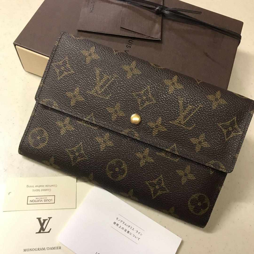 online retailer 4f8b1 2f0b7 Louis Vuitton財布 パスポート入れ ルイヴィトン(¥25,800) - メルカリ スマホでかんたん フリマアプリ