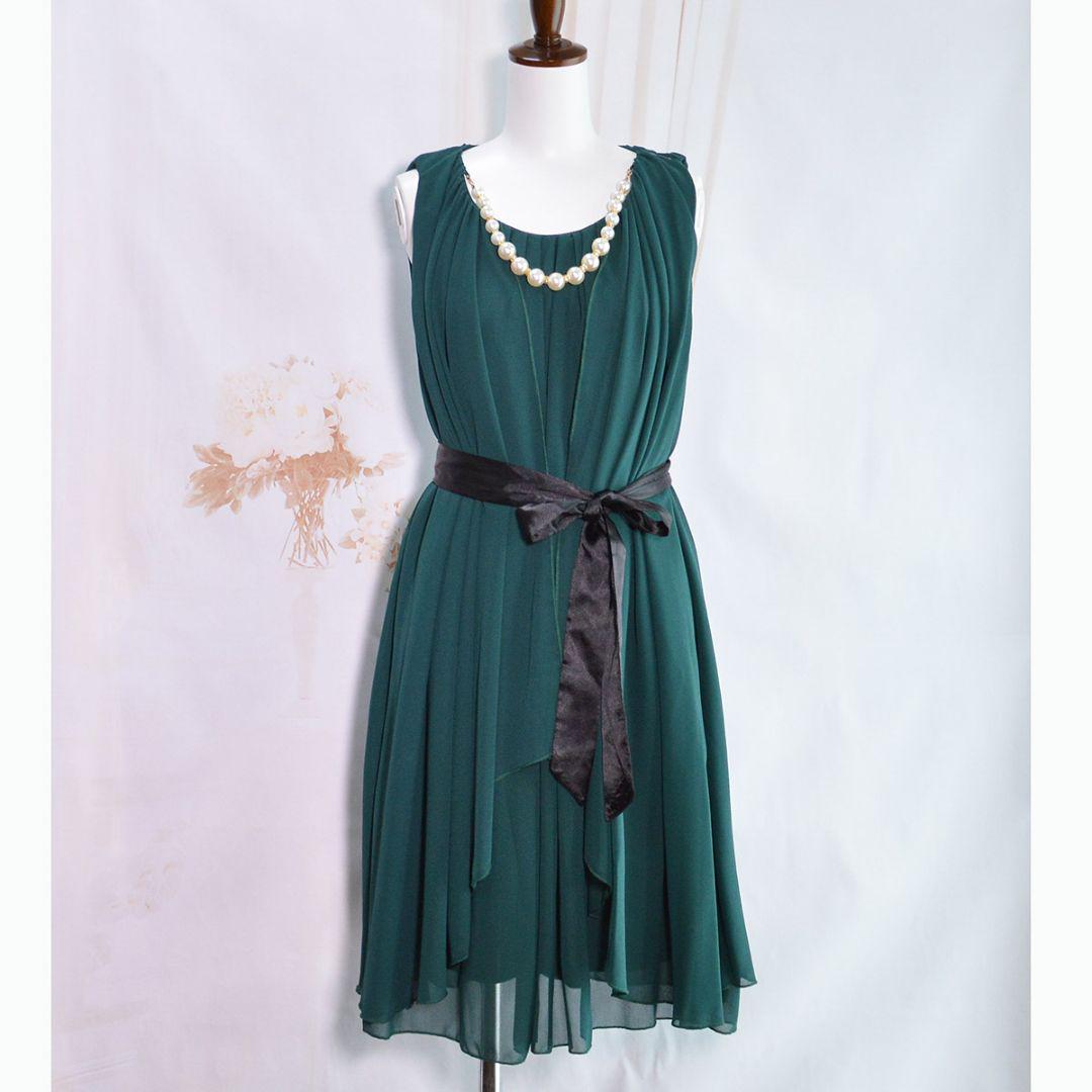 44459402b3d25 メルカリ - ❤ 新品❤️3点セット ネックレス付きグリーンドレス ...