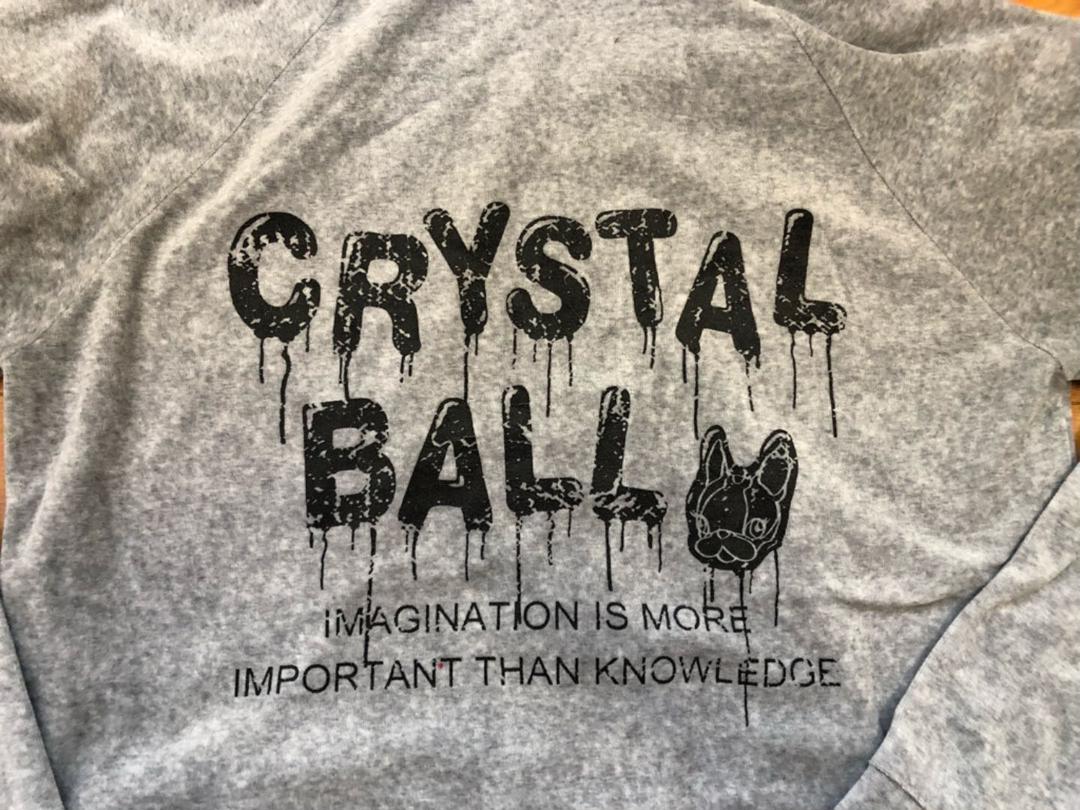 CRYSTAL BALL クリスタルボール ♡ パーカー グレー ベロア生地(¥1,980) - メルカリ スマホでかんたん フリマアプリ