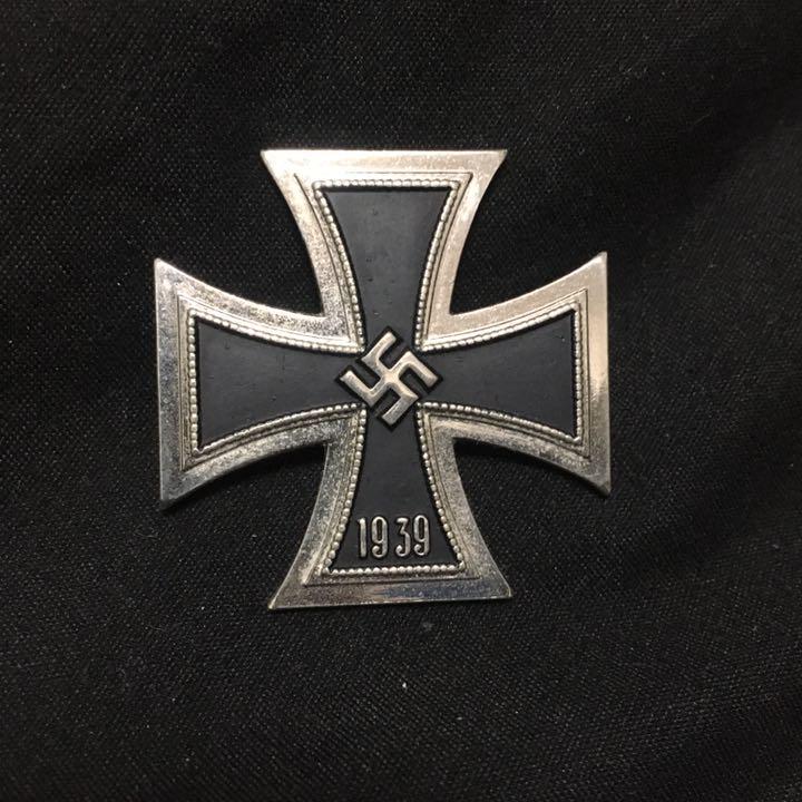 ドイツ マーク ナチス