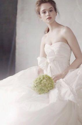 メルカリ - ホワイトバイヴェラウォンウエディングドレスwhite by vera ...