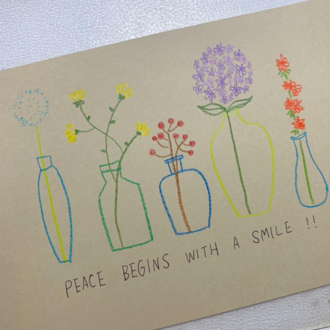 メルカリ インテリア用 手書き イラスト 004 花と花瓶 アート 写真 300 中古や未使用のフリマ