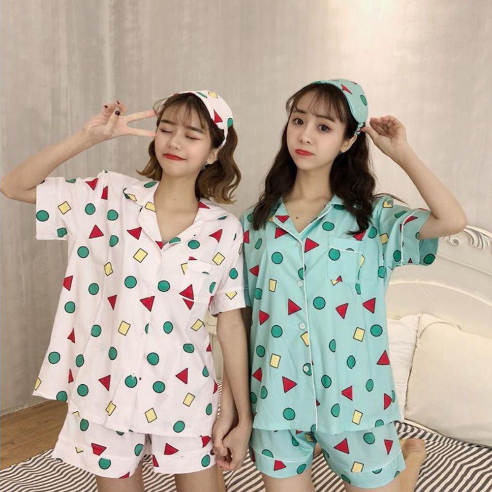 クレヨン しんちゃん の パジャマ