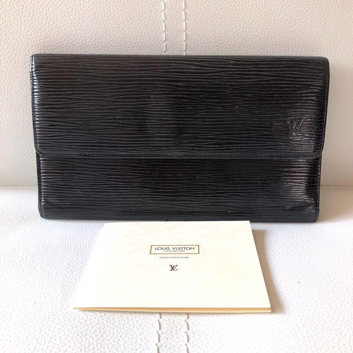 reputable site 3054f 64d5e ルイヴィトン エピ 長財布 黒 メンズ LOUIS VUITTON(¥10,900) - メルカリ スマホでかんたん フリマアプリ