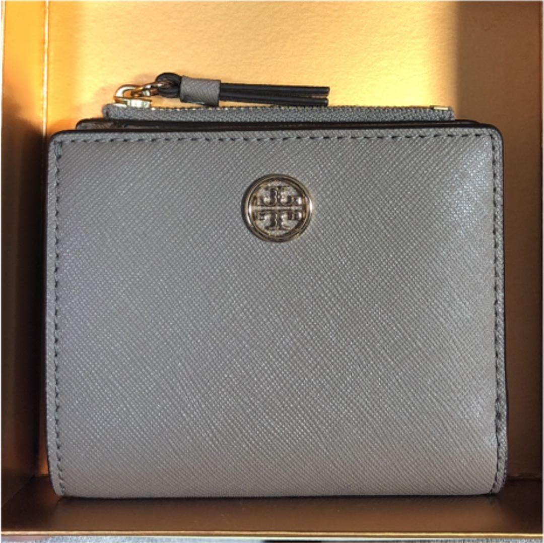 buy online 4090c 3d331 トリーバーチ ミニ財布 二つ折り財布(¥8,400) - メルカリ スマホでかんたん フリマアプリ