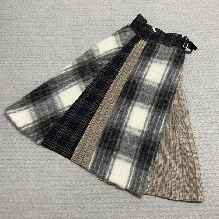 ユナイテッドトウキョウ スカート