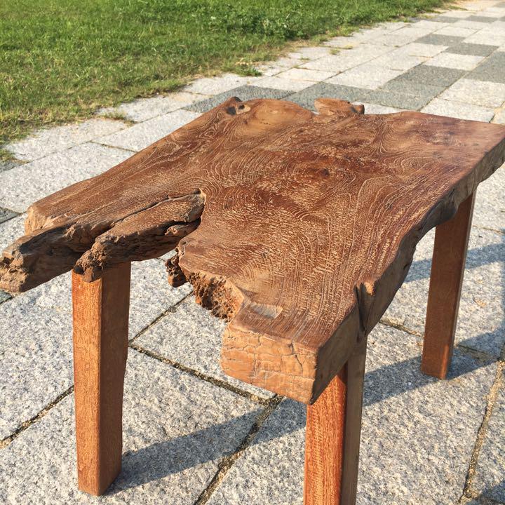 オールドチーク材の一枚板テーブル 72cm×48cm 古木チーク無垢材 バリ家具
