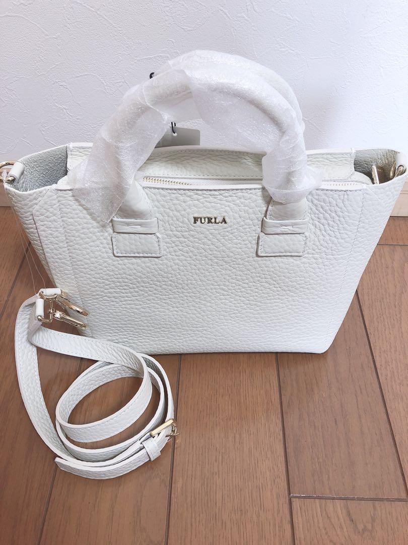 bc14d15d0a40 メルカリ - FURLA フルラ 2way バッグ 新品 【ハンドバッグ】 (¥18,000 ...