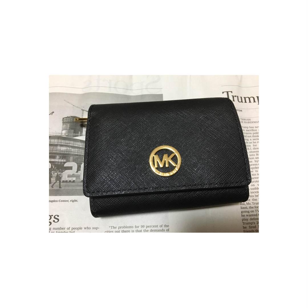 big sale 8a0fd 6f7e7 マイケルコース 折りたたみ財布(¥5,655) - メルカリ スマホでかんたん フリマアプリ
