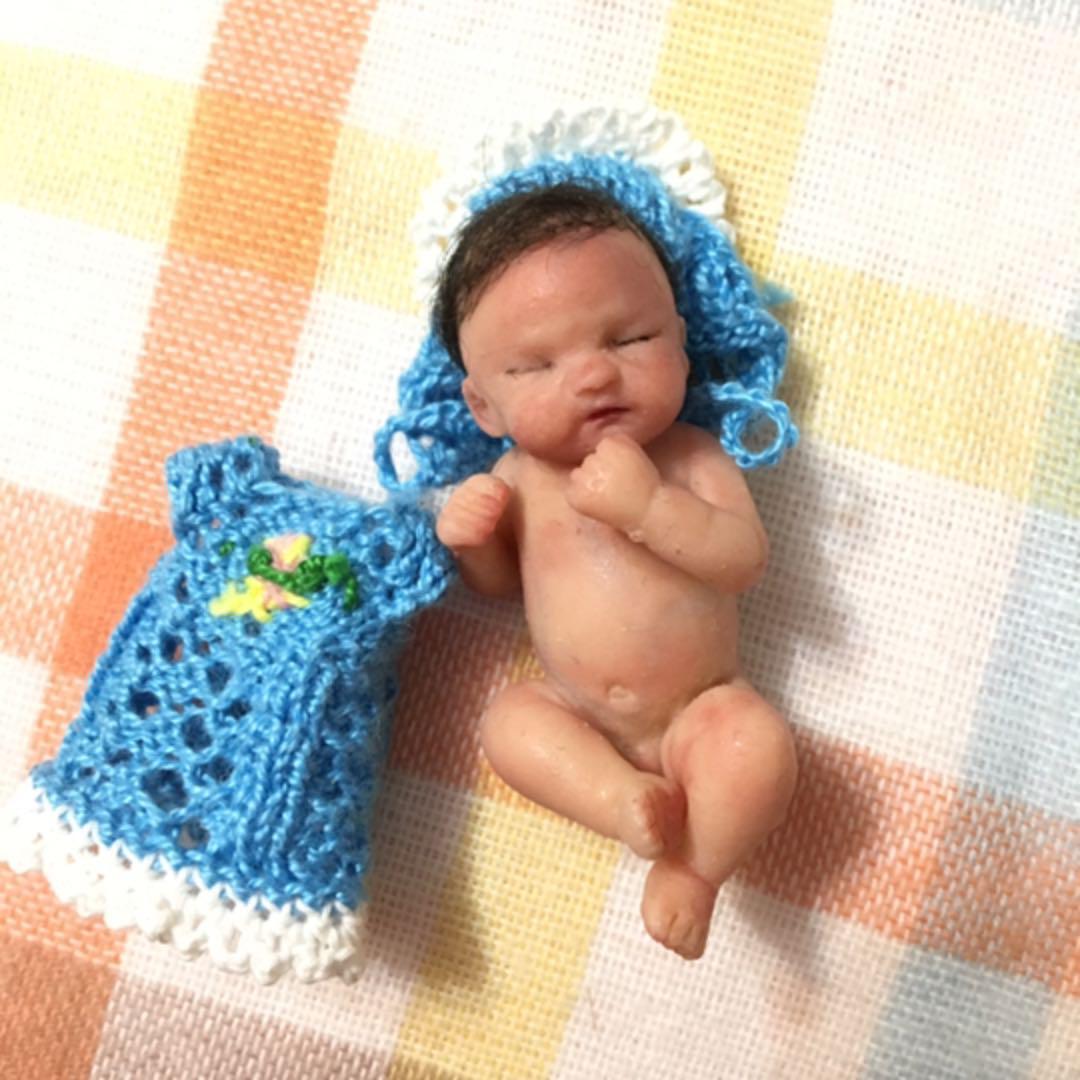メルカリ 産まれたてホヤホヤ新生児ベビーちゃん 可愛い赤ちゃんの