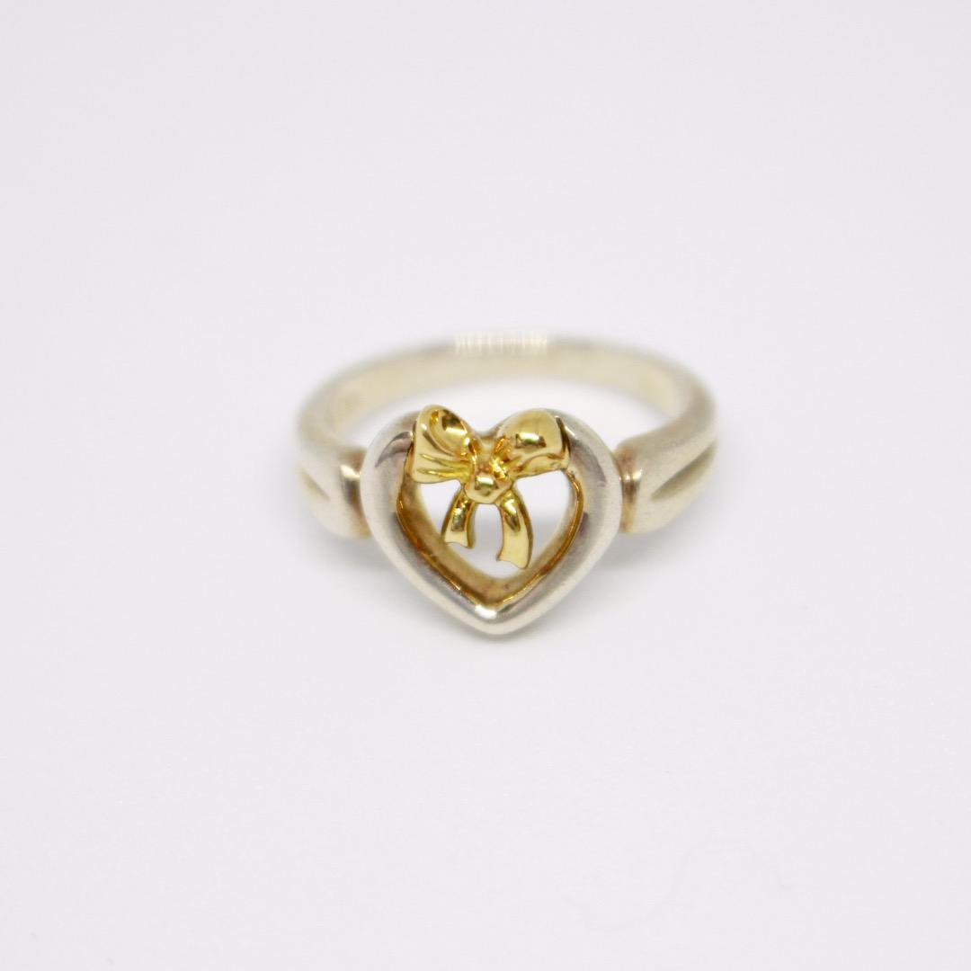 low priced 7fa50 e20fa Tiffany & Co. ティファニー ゴールド×シルバー リボン リング(¥5,980) - メルカリ スマホでかんたん フリマアプリ