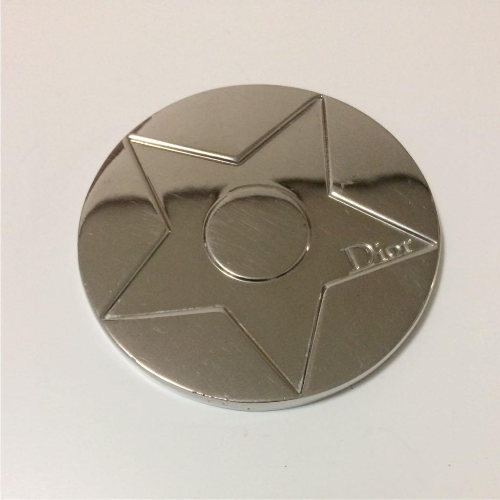 timeless design e41ad 37006 Dior☆コンパクトミラー(¥ 400) - メルカリ スマホでかんたん フリマアプリ