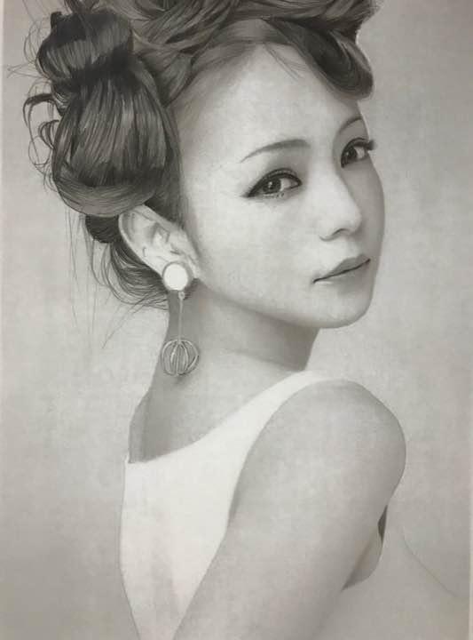 メルカリ あずぃ 安室奈美恵 鉛筆画 イラストオーダー