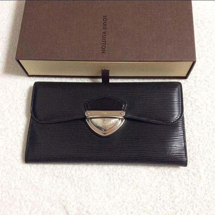 big sale ea39d e0f3d ルイヴィトン エピ 長財布 黒 メンズ 本物(¥ 20,000) - メルカリ スマホでかんたん フリマアプリ