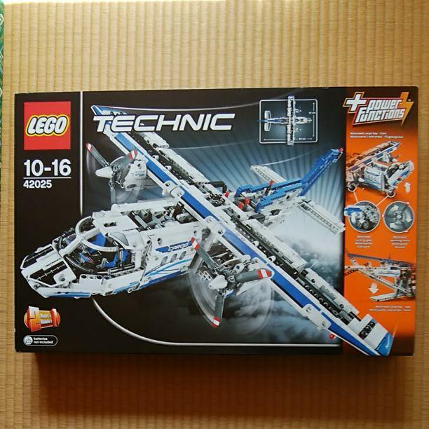レゴ LEGO テクニック カーゴプレーン 飛行機 42025(¥19,000) , メルカリ スマホでかんたん フリマアプリ