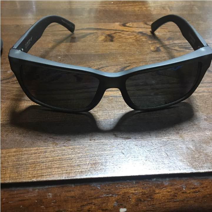 38ae078f085 メルカリ - VONZIPPER TRI-MOTION POLARIZED VP3  サングラス メガネ ...