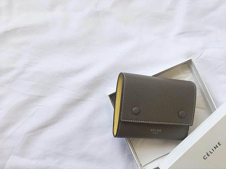 buy popular 46ad4 2bdfc セリーヌミニ財布