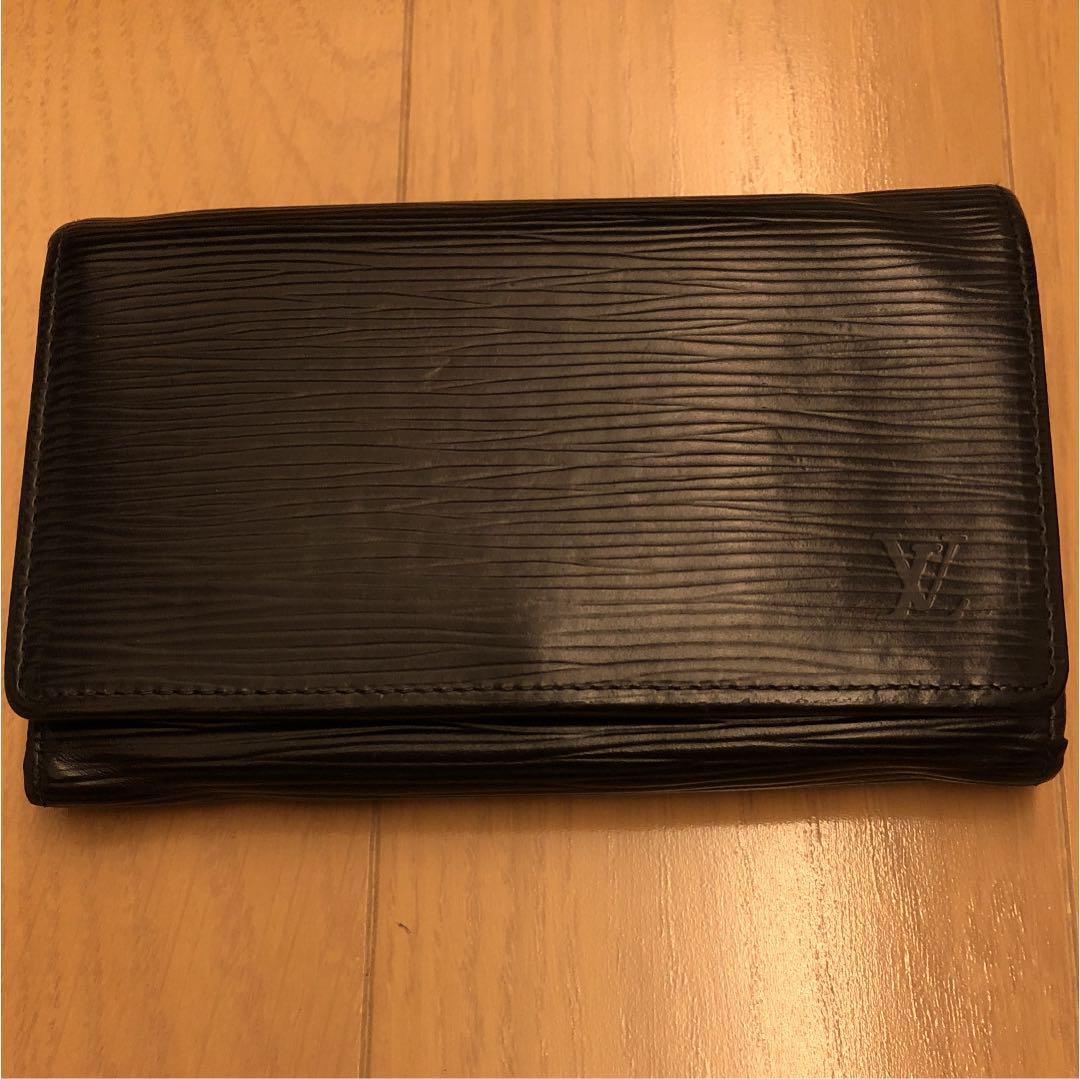 classic fit 8f3a1 46533 ルイヴィトンエピ 財布(¥8,800) - メルカリ スマホでかんたん フリマアプリ
