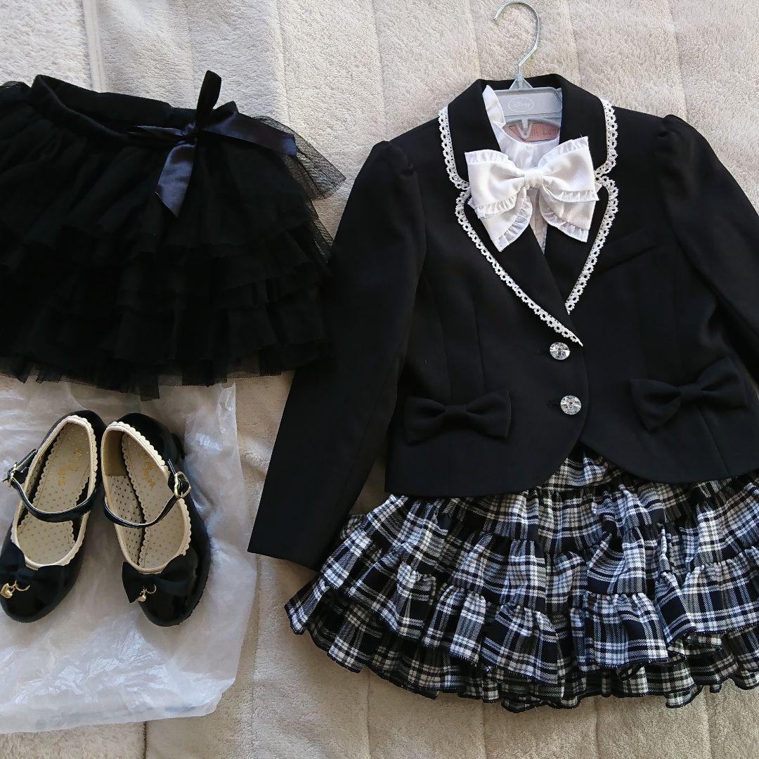 494c4ea13b336 メルカリ - 女の子 フォーマル スーツ 120 卒園式 入学式 可愛い 白黒 ...