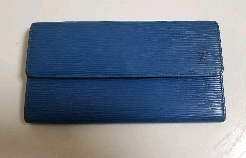 buy popular c335e 42069 ルイヴィトン エピ 財布(¥5,000) - メルカリ スマホでかんたん フリマアプリ